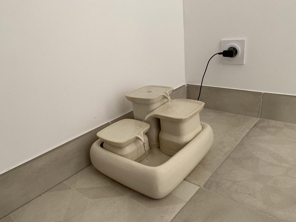 Fontaine à eau en céramique Miaustore
